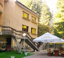 Попови Ливади хотел Пири